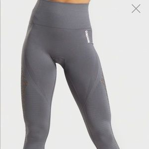 ENERGY + SEAMLESS LEGGING